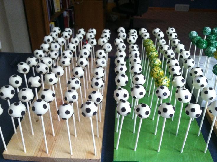 soccer cake pops cake pops pinterest. Black Bedroom Furniture Sets. Home Design Ideas