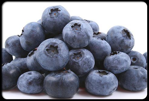 BLUEBERRIES ARE SUPER-FOOD - Blueberries protect your brain from the damage caused by free radicals.  Also, they may reduce the effects of age-related mental conditions. #Dementiarelateddisorders