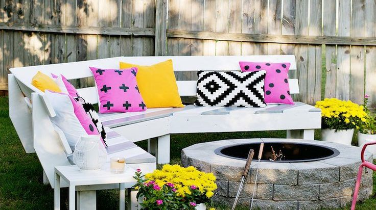 Spring is the perfect time for DIY backyard projects. If you want to spend a memorable day outdoors with some friends and family, then this list is for you!