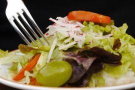 Dieta i styl życia w chorobach autoimmunologicznych. | Choroby autoimmunologiczne to plaga naszych czasów. Jednak już sama dieta i zmiana stylu życia przyn...