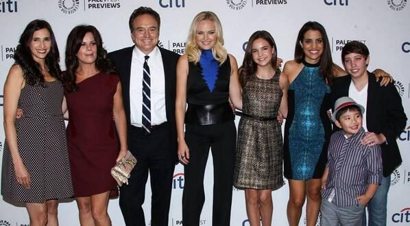 bailee madison / malin akerman / marcia gay harden / ryan lee / trophy wife
