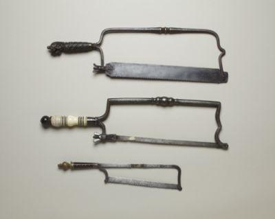 Sierras médicas para amputaciones del siglo XVIII