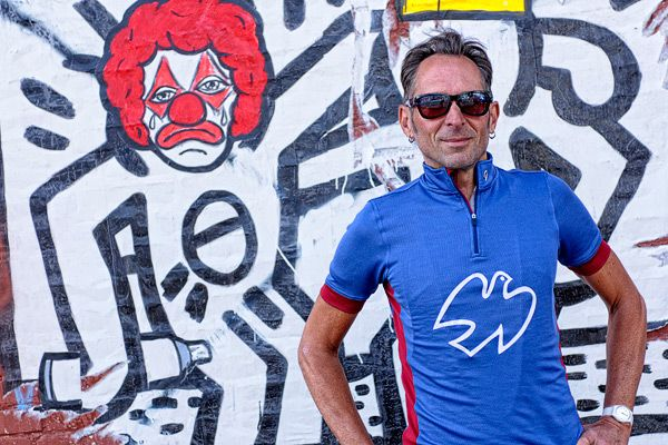 Isadore - Peace Jersey Limoges Blue - Bringing the legendary spirit of peace race back to roads #cyclingmemories