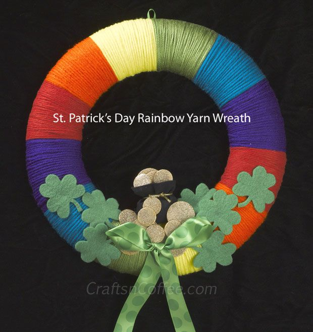 Tutorial to make a St. Patrick's Day Rainbow Yarn Wreath with shamrocks and a pot of gold