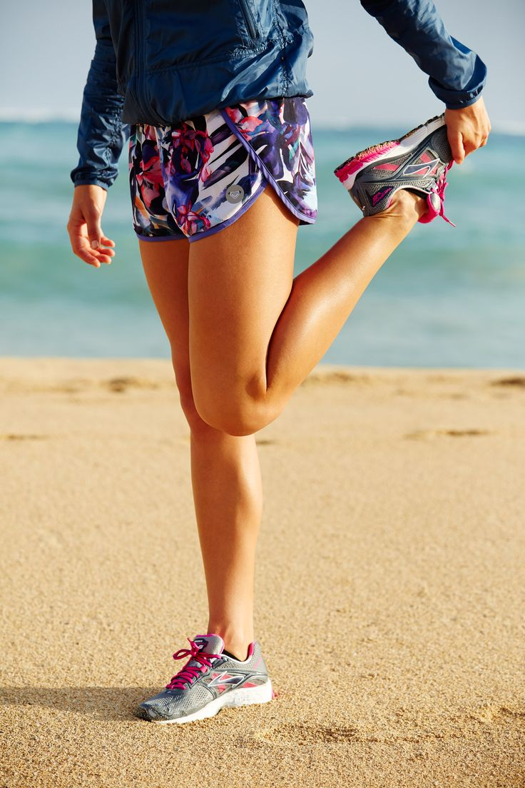 Beach, trail, or treadmill— go further in bold performance pieces #ROXYfitness