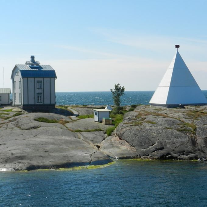 Boat excursions with skipper Westberg, Sightseeing & tours, Children, Korrvik Fiskehamn, 22100 Mariehamn | Visit Åland