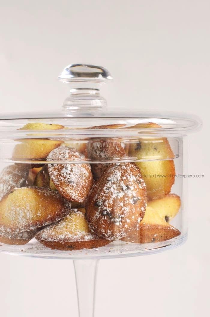 lemon and chocOlate madeleines