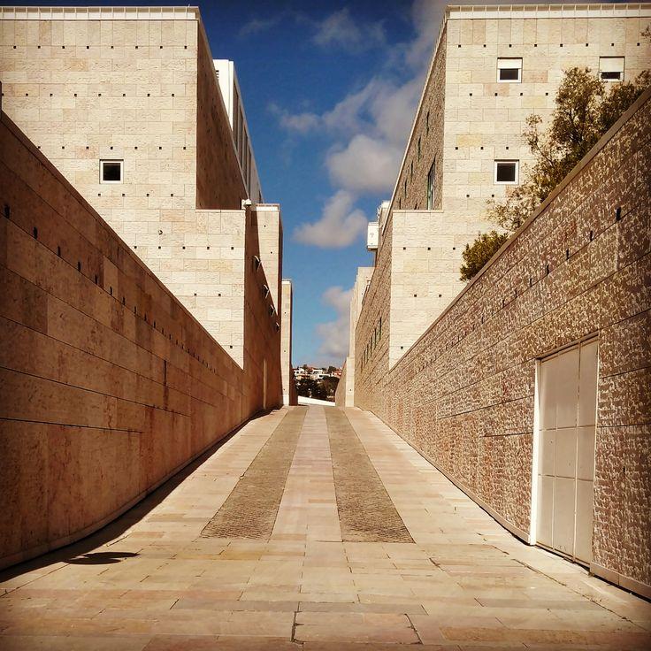 Simetria Assimétrica.. Centro Cultural de Belém.. Belém...