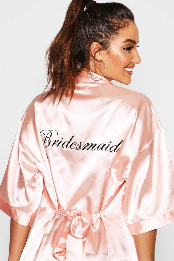 ac11035c9997 boohoo Bridesmaid Satin Robe #Bridesmaid#boohoo#Robe | Women SEXY Robes in  2019 | Satin robe, Robe, Bridesmaid