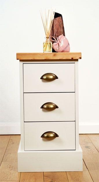 Slim Bedside Tables: The 25+ Best Narrow Bedside Cabinets Ideas On Pinterest