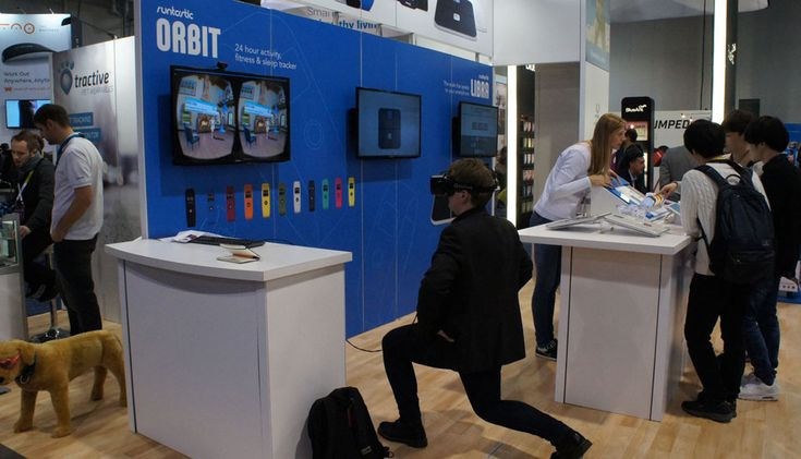 You begin in a black void, with a female avatar of a personal trainer staring back at you...   #CES2015 #fitness #VR