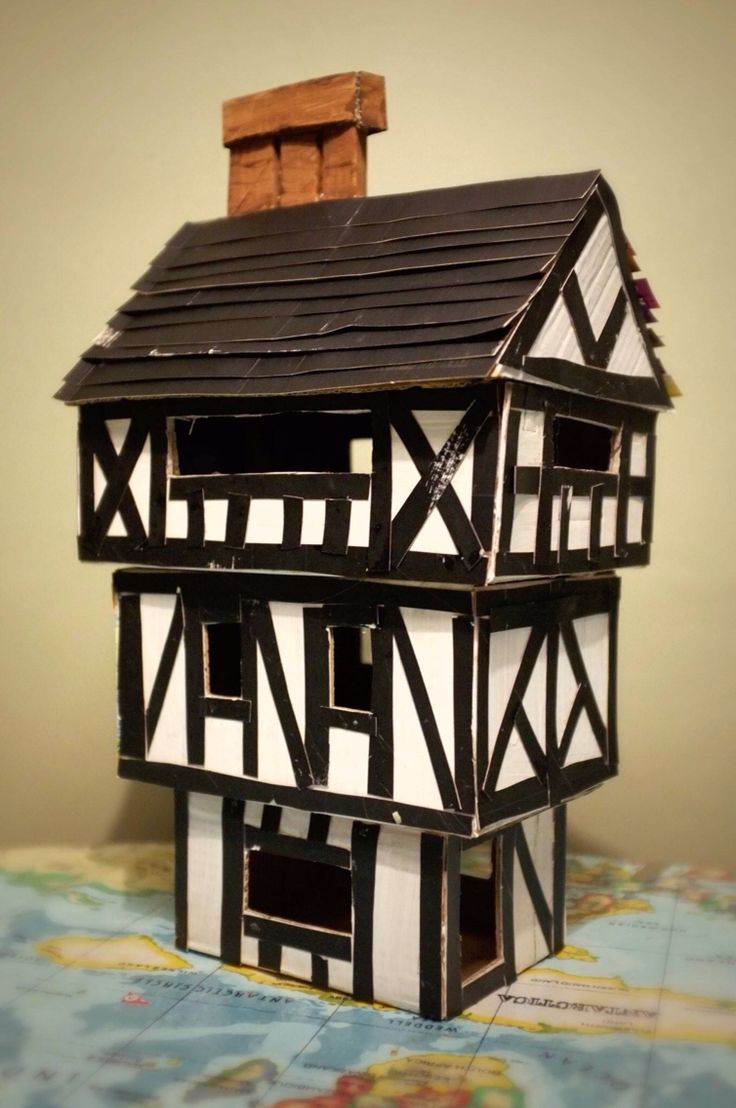Tudor house for junior school project sculpturable - What makes a house a tudor ...