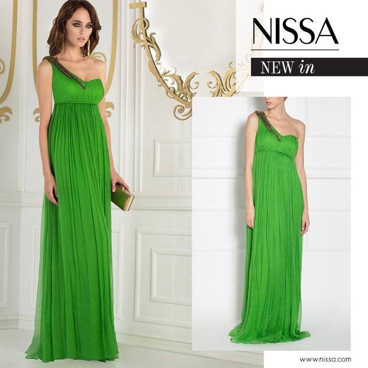 NISSA Evening 2015 www.nissa.com  #nissa #dress #green #maxi #silk #evening #ss2015 #fashion #style #look #gorgeous #long
