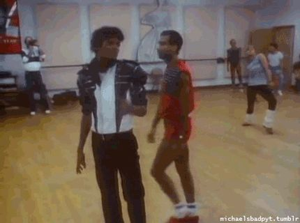 MJ rehearsal Thriller era. cute and funny ❥─────❥█▂㋡╲╱☰ YOUUUU───❥ Smiles♥✽♥Hugs(❤•*`•.✽•.¸¸.•`*•☼YOUR MAJESTY, MICHAEL JACKSON FOREVER!!❤❤