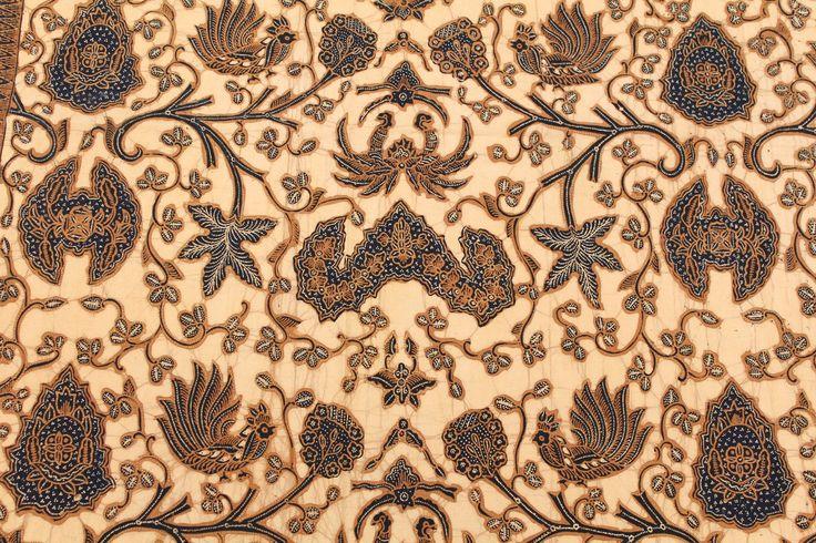 "Wahyu Tumurun"", Hand drawn batik with natural dye (soga). By: Nugroho ..."
