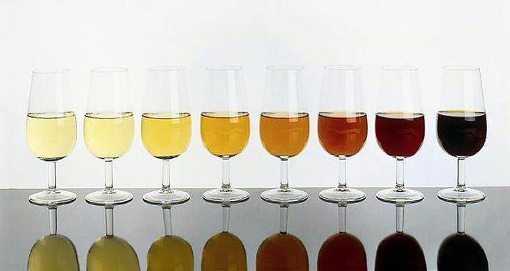 Los vinos de Jerez vuelven a obtener un 'sobresaliente' en la Guía Peñín http://www.vinetur.com/2013012311237/los-vinos-de-jerez-vuelven-a-obtener-un-sobresaliente-en-la-guia-penin.html