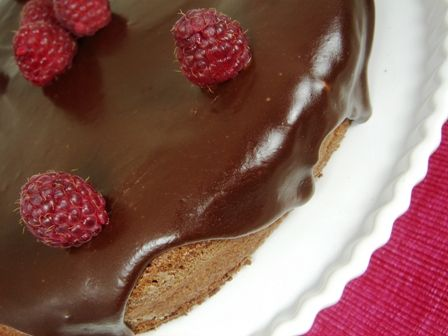 Almost-Fudge Gateau- totally making this for mom's bday.