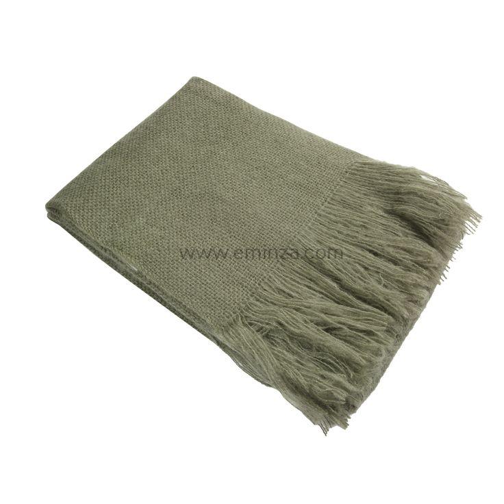 http://www.eminza.com/linge-de-maison/plaid-doux-150-cm-shelly-vert-kaki-56828.html#block-vous-aimerez-aussi