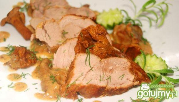 Polędwiczka wieprzowa z kurkami. Idealna na obiad!