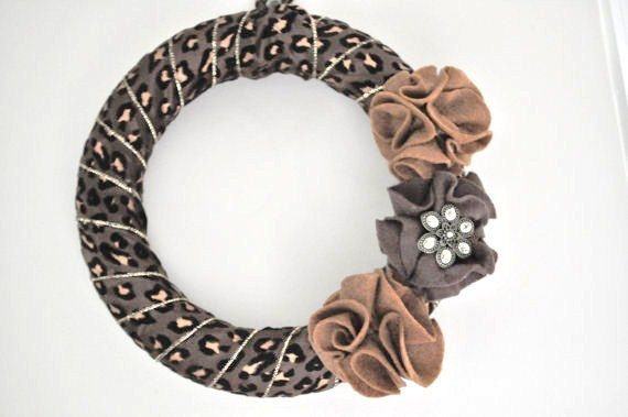 Leopard Wreath Felt Flower Brooch Animal Print Decor