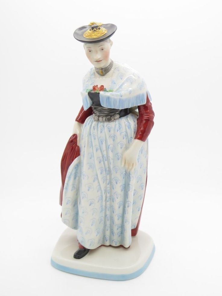 Nymphenburg Porzellan Figur  in Tracht Oberbayern  höhe 20cm Top Zustand