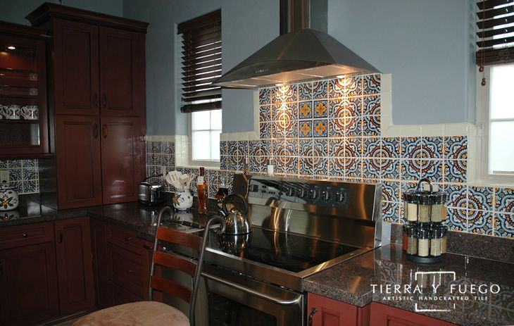 talavera tile kitchen backsplash 34 best talavera images on mexican tiles 5975