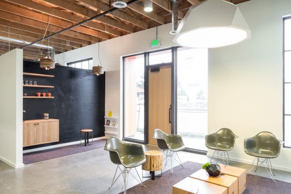 A Portland dentist created a modern-style office that feels like home. #dentistry