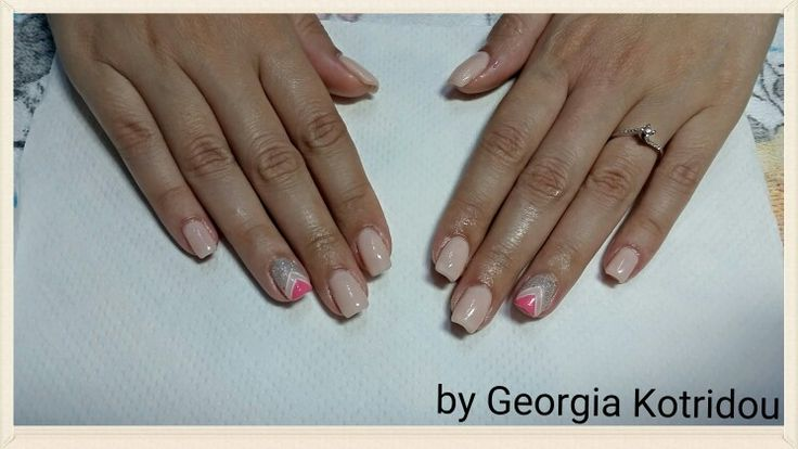 Simple and cute nails!