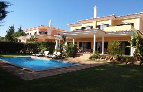 Monte da Quinta V4, pool view , at Algarve.