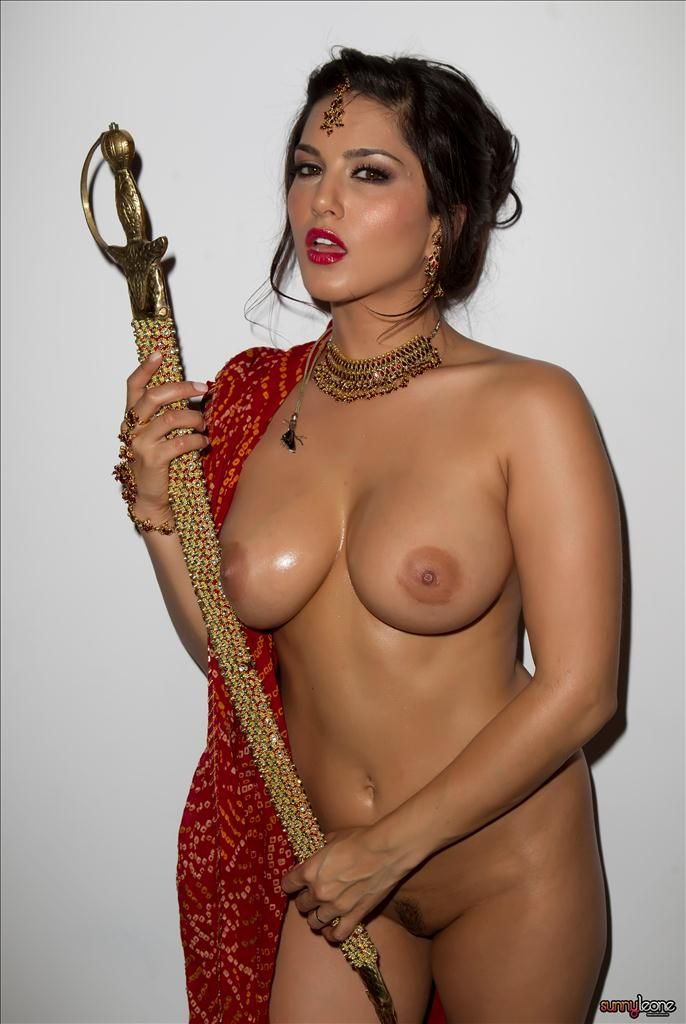 covered-nude-india-dancing-star