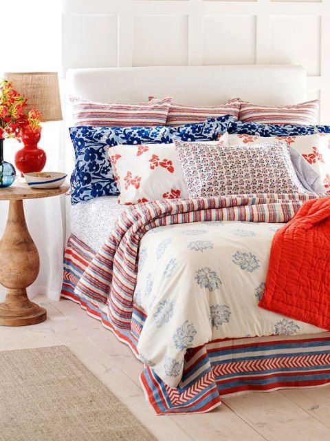 1 BH Red, White U0026 Blue Cottage Bedroom
