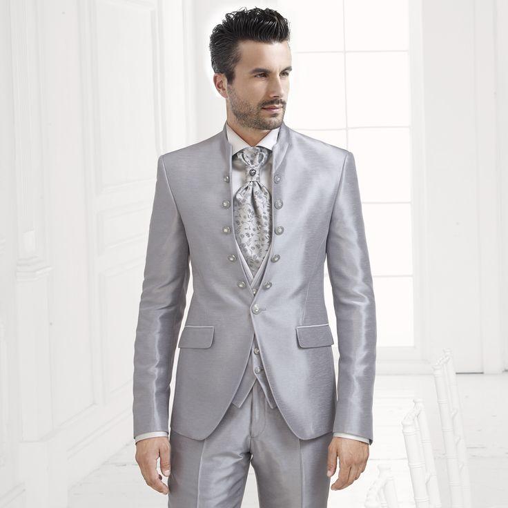Carlo Pignatelli Cerimonia collection 2015. #carlopignatelli #cerimonia #sposo #groom #suit #wedding #matrimonio #weddingday