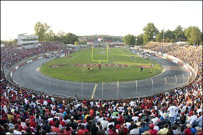 Unique Sports Events / Venues - Page 14 - SkyscraperCity Bowman-Gray Stadium in Winston-Salem, North Carolina has a car racing track around an (american) football field.