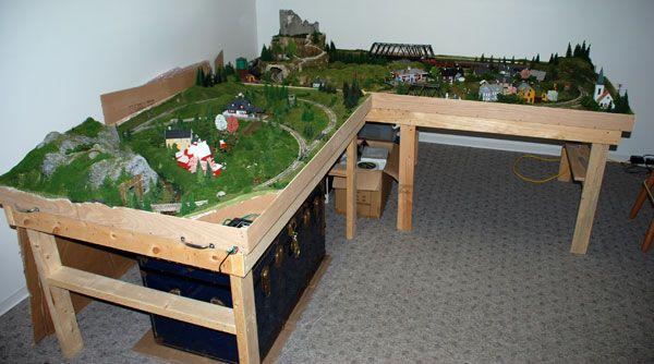 ho model railroad layouts