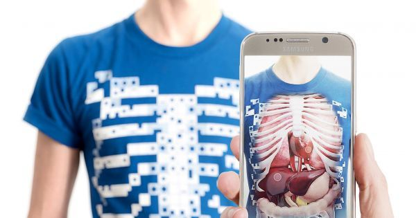 New anatomy VR app lets you look inside your own body  ||  You can watch your lungs breathing or explore the inner workings of your heart. http://ly.tcea.org/rkbrb