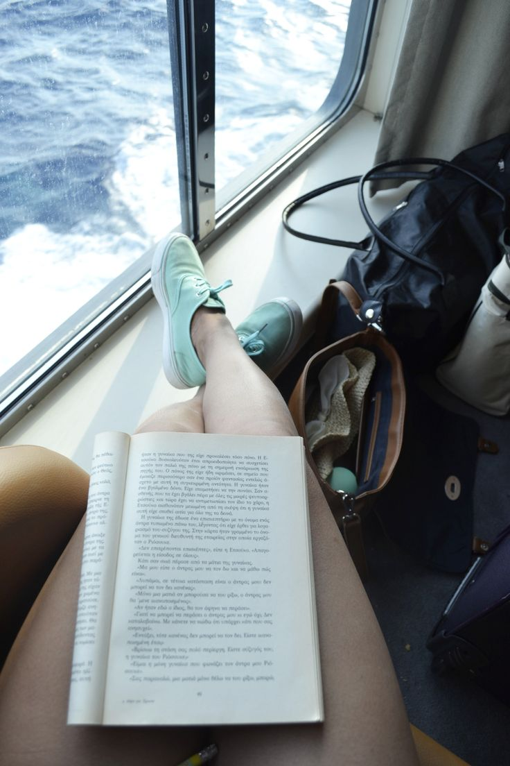 jhphotogr:  books are journeys and dreams..
