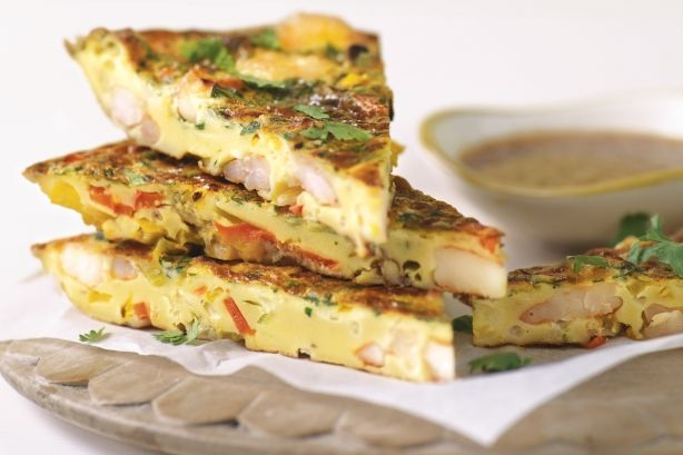 Gives traditional pancakes a savoury twist with juicy prawns and crisp fresh vegetables.