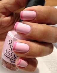 Unghie rosa pastello con french rosa scuro