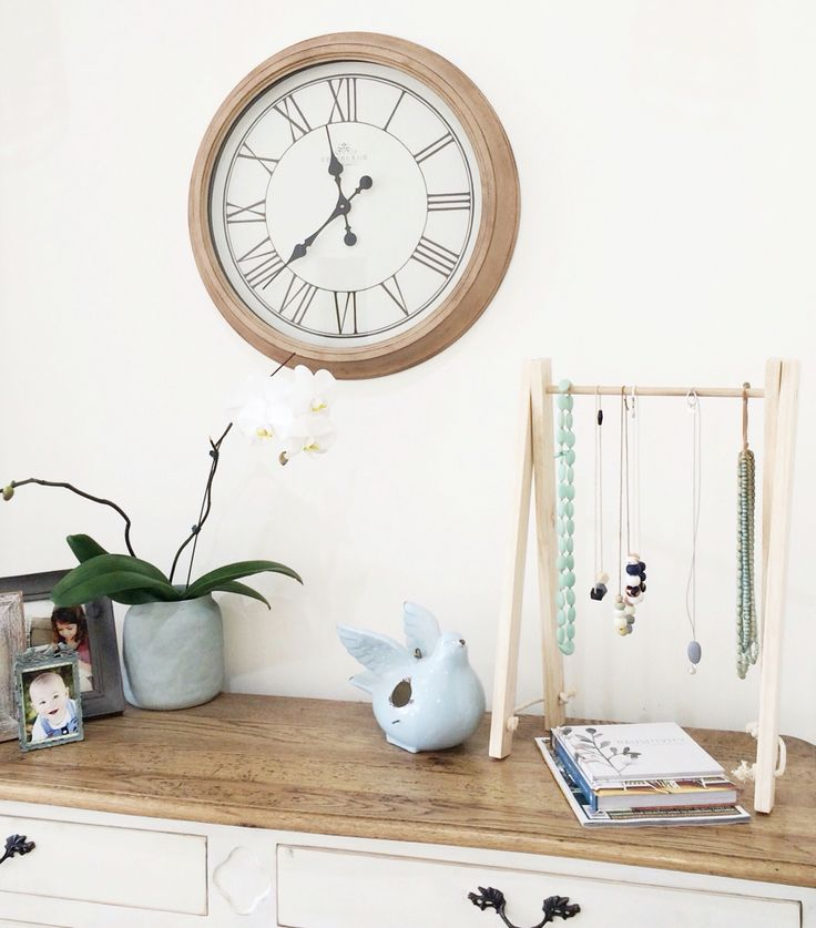 Home decor & design Handmade accessory rack- great for headbands, necklaces, sunglasses & more! Also available in kids designs & sizes https://butterflygardenforkids.com.au