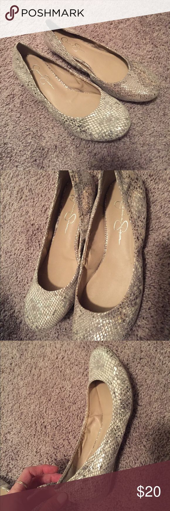 Jessica Simpson ballet flats size 8 Genuine leather ballet flats by Jessica Simpson. Jessica Simpson Shoes Flats & Loafers