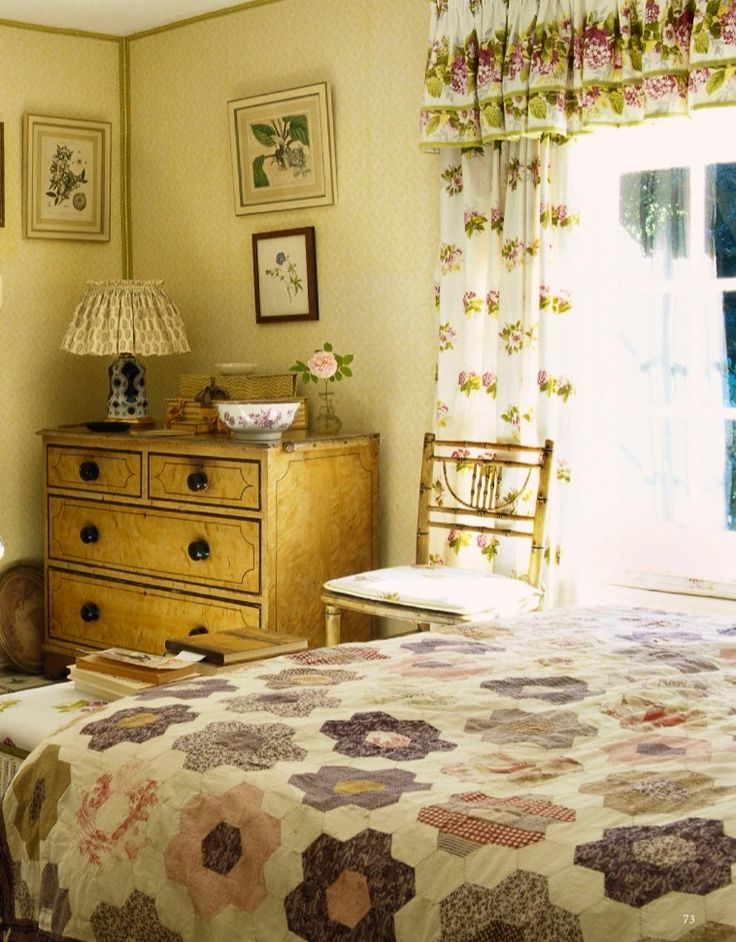 17 best images about grandmothers garden quilt on for English cottage bedroom