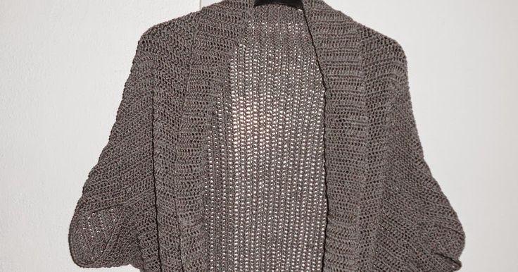 Anleitung für eine modische, gehäkelte Jacke für Anfänger. Mit Gratisanleitung