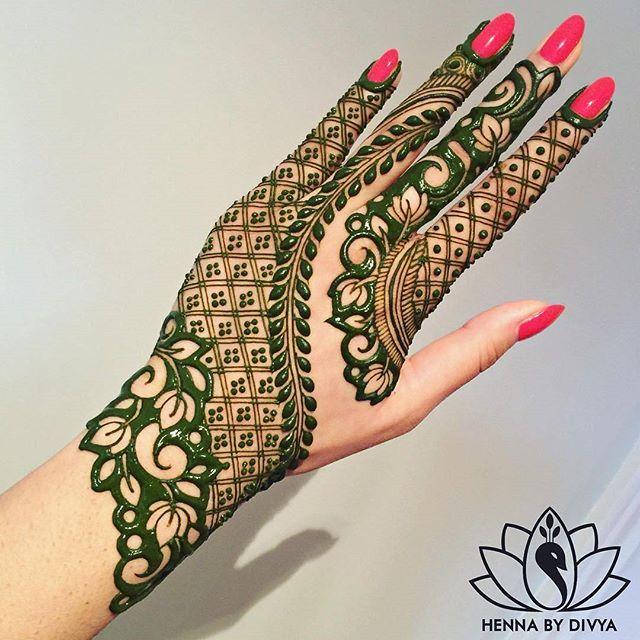Green henna design