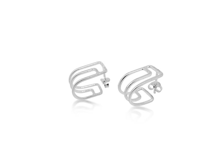 Maya Magal Mini Outline Hoop Earrings: The pretty Silver Mini Outline Hoop is inspired by other stylish designs in Maya Magal's jewellery collection. The earrings delicately loop around the earlobe for a classic understated look.