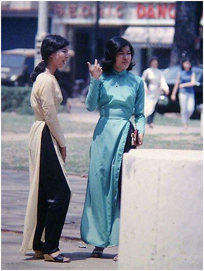 Vietnam clothes