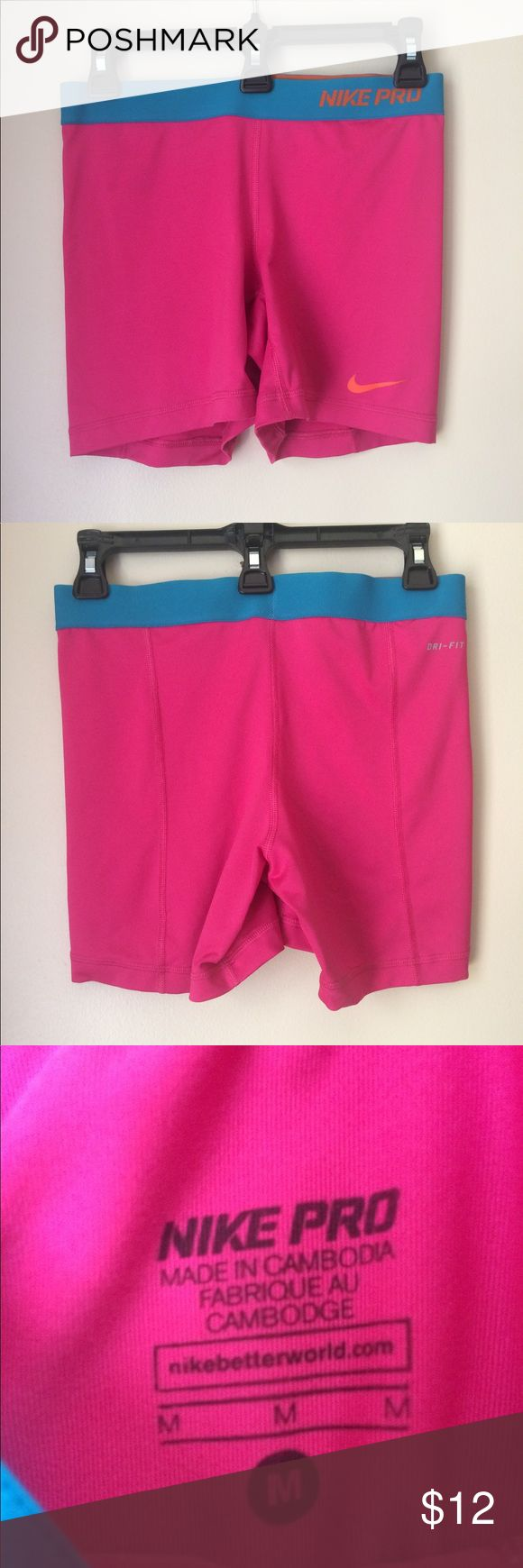 Like new Nike compression shorts In excellent condition no wear or tears like new Nike Shorts