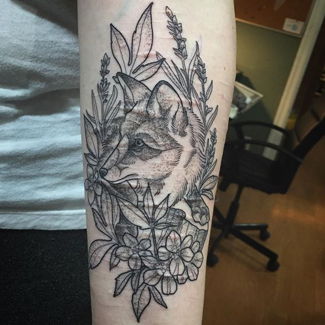 Tattoo Ideas Easy To Hide: 17 Best Ideas About Scar Cover Tattoo On Pinterest