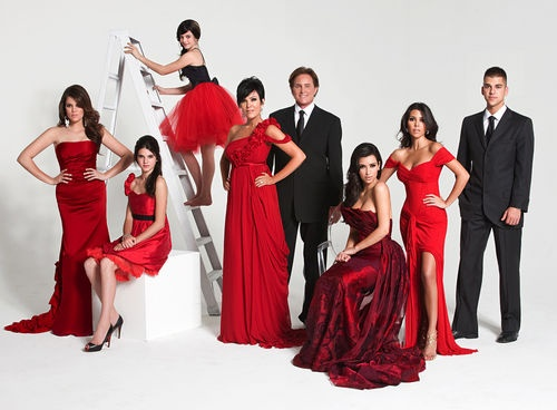 I am slightly ashamed to admit that I am obsessed with the Kardashian Family... I love their shows on E!