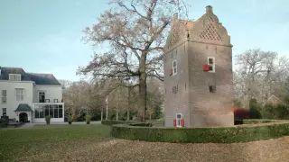 Vrijwilliger Bart Tent van Landgoed Te Werve in Rijswijk vertelt over de geschiedenis van de duiventoren op het landgoed. Nog niet zo lang geleden zetelde er een exclusief genootschap..
