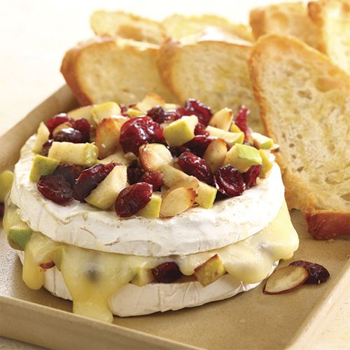 Baked Brie with Apples & Cranberries - The Pampered Chef® www.pamperedchef.biz/bernadettehowarth